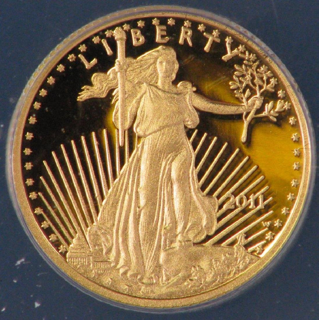 """2011-W $5 Gold Eagle : """"First Day of Issue"""" - 3"""