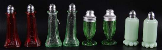 Group of 8 : Antique Depression Glass Salt and Pepper