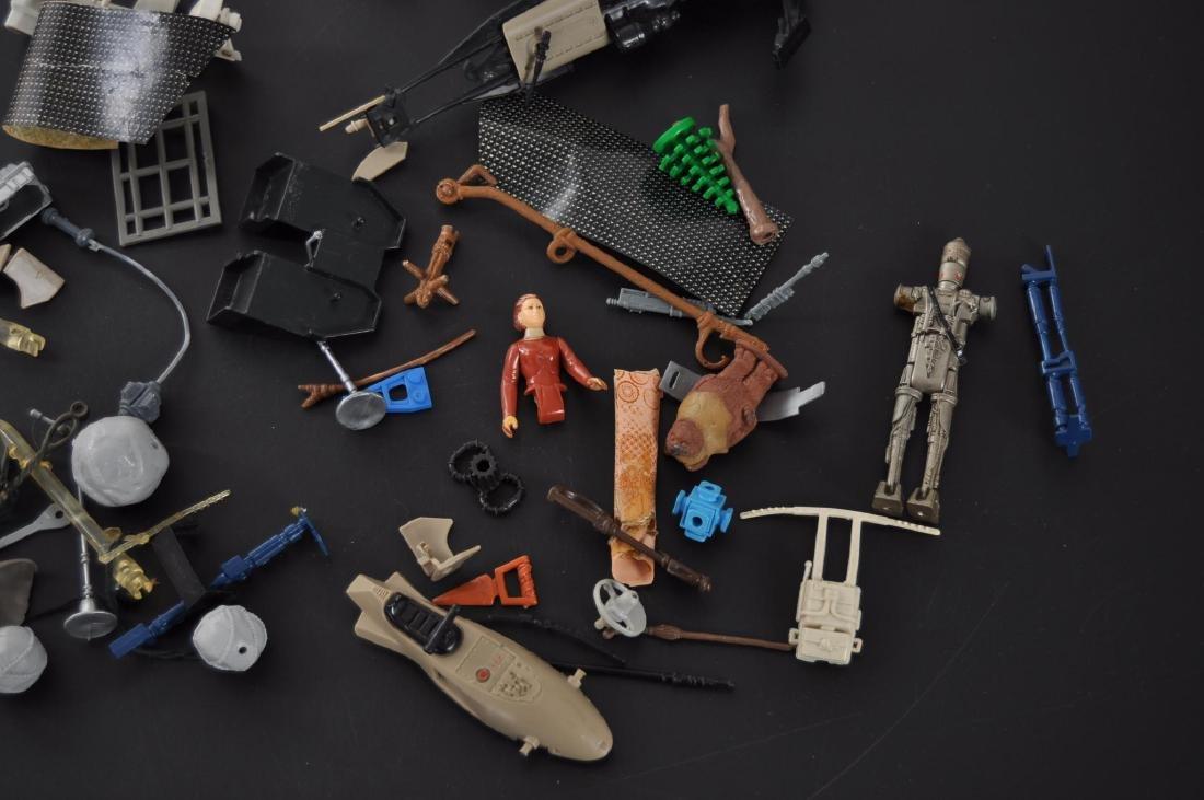 Group of Vintage Star Wars Kenner Action Figure - 2