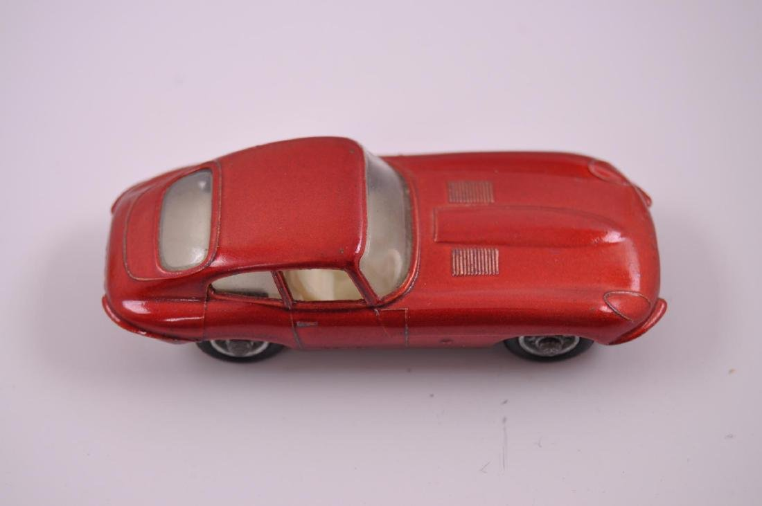 Matchbox No. 32 Jaguar 'E' Type Die-Cast Car with - 7