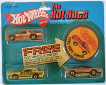 Hot Wheels The Hot Ones 3 Car Gift Set with Patch in