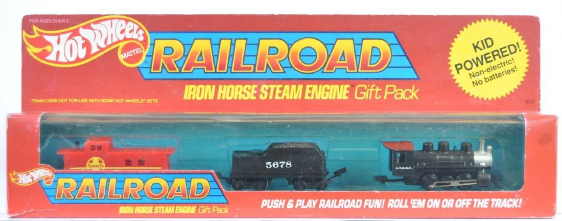 Hot Wheels Railroad Iron Horse Steam Engine Gift Pack