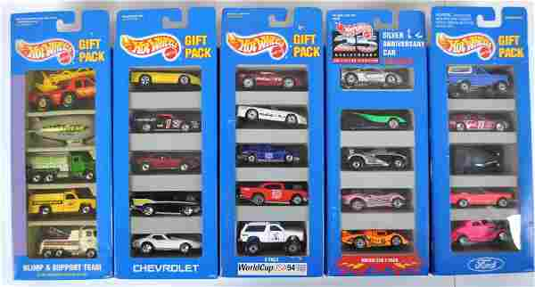 Group of 5 Hot Wheels 5 Car Gift Sets in Original