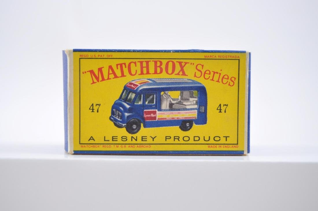 Matchbox No. 47 Lyons Maid Ice-Cream Mobile Shop - 8