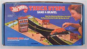 Hot Wheels Steering Rigs Sand  Gravel Playset in