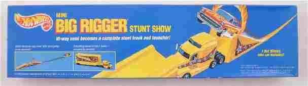 Hot Wheels Mini Big Rigger Stunt Show Set in Original