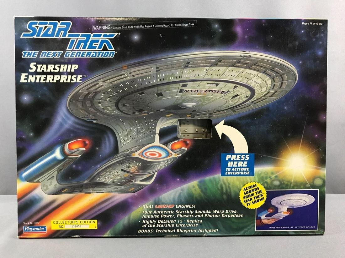 Star Trek The Next Generation Starship Enterprise In