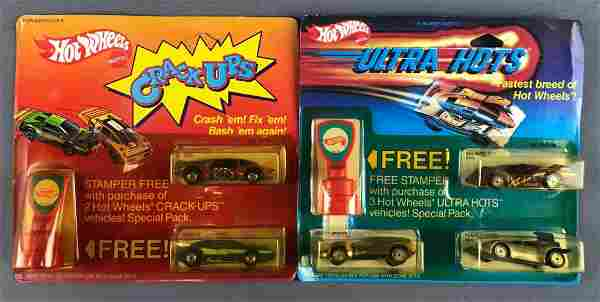 Group of 2 Hot Wheels Gift Sets Die-Cast Vehicles in