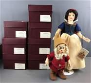 R John Wright Snow White and 7 dwarfs dolls in original