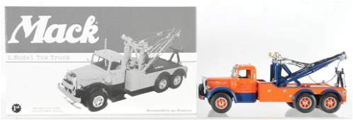 First Gear Mack L Model Die-Cast Tow Truck with