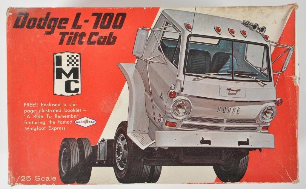 IMC Dodge L-700 Tilt Cab Model Kit with Original Box