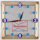 Vintage Budweiser Light Up Advertising Beer Clock