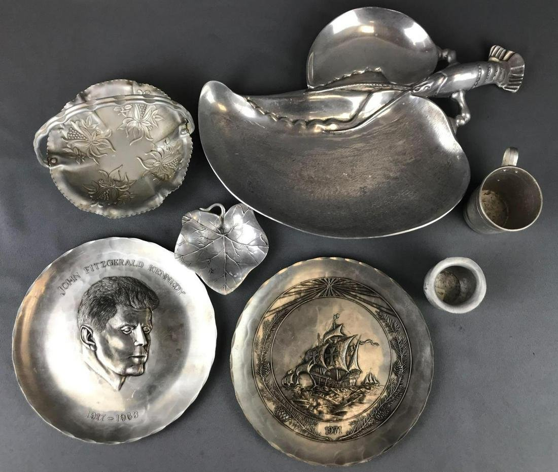 7 piece group assorted metal plates, trays and