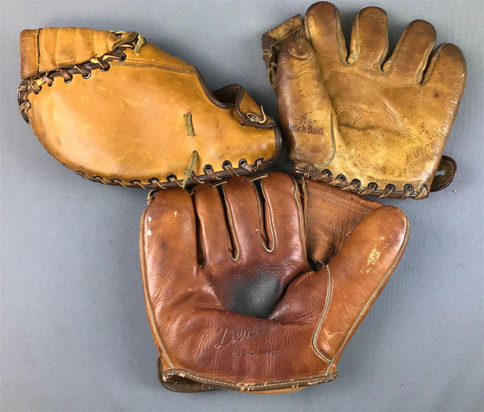 Group of 3 : Vintage Baseball Gloves