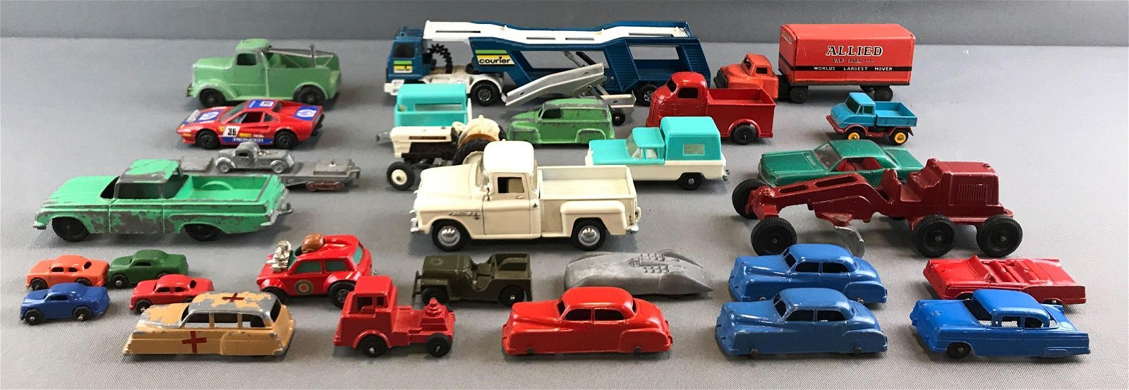 Group of vintage die cast vehicles