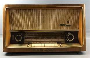 Vintage Grundig Majestic Model 3192 U Stereo Radio