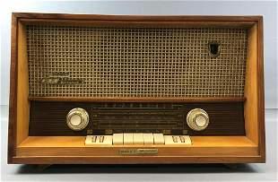 Vintage Grundig Majestic Model 2065 Stereo Radio