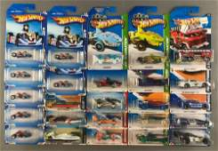 Group of 25 assorted Hot Wheels die-cast vehicles in