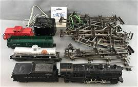 Group of 34 American Flyer Train items