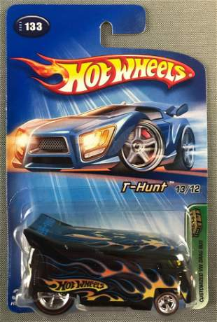 Hot Wheels Treasure Hunts Customized VW Drag Bus
