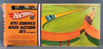 Hot Wheels Hot Curves Race Action Set