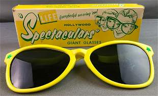Hollywood Spectaculars Giant Sunglasses