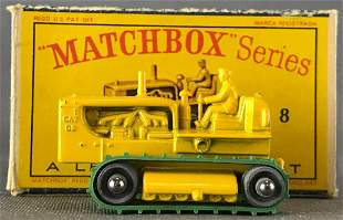 Matchbox No. 8 Caterpillar Tractor