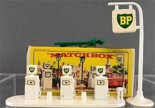 Matchbox No. A-1 Garage Pumps and Sign