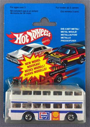 French Hot Wheels Double Decker Bus