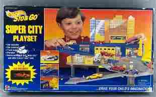 Hot Wheels Sto & Go Super City Playset