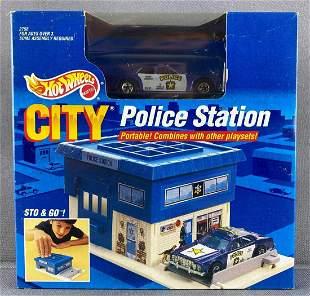 Hot Wheels City Sto & Go Police Station