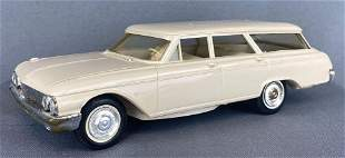 Hubley 1962 Ford Country Sedan Station Wagon Dealer