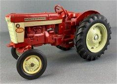 Ertl IH International 340 Utility Toy Tractor