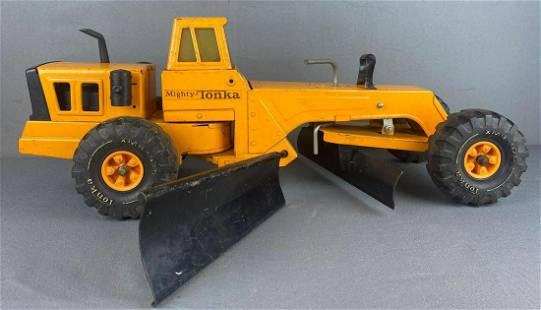 Tonka Toys Mighty Tonka Road Grader