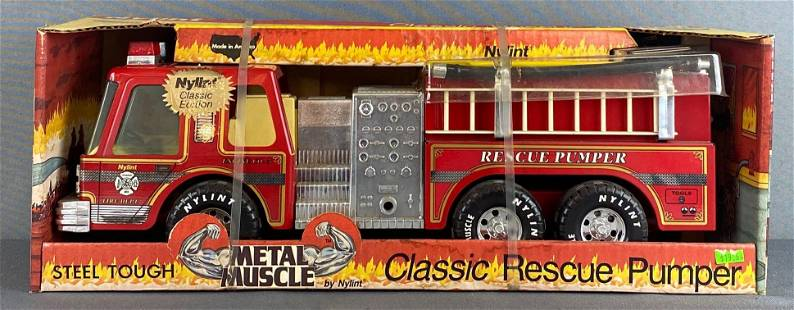 Nylint Metal Muscle Classic Rescue Pumper Firetruck