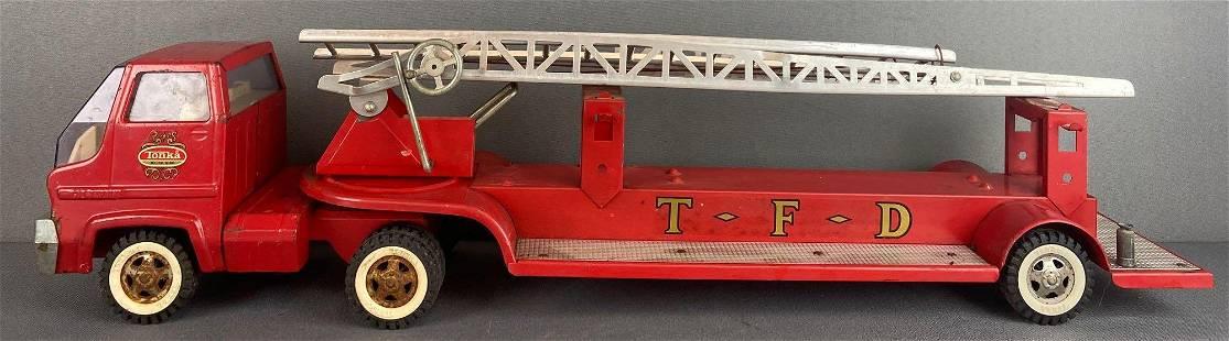 Tonka Toys TFD Aerial Ladder Firetruck