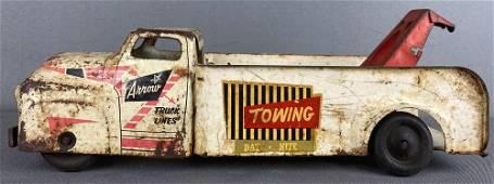 Wyandotte pressed steel Tow Truck