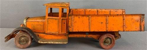 Pressed steel Dump Truck wind-up toy