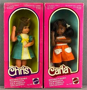 Group of 2 bendable Barbie Fashion Dolls