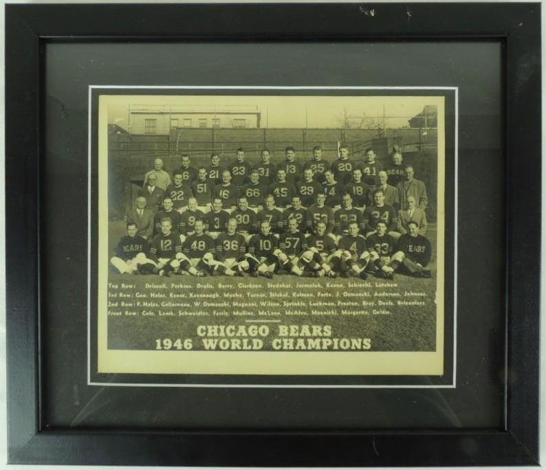 1946 Chicago Bears World Champions Framed Team Photo