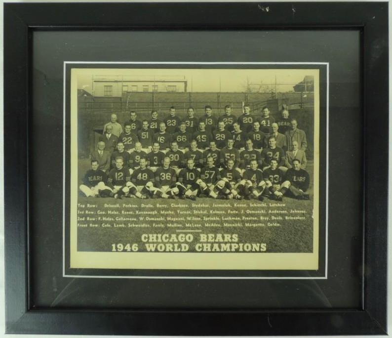 1946 Chicago Bears World Champions Framed Team Photo