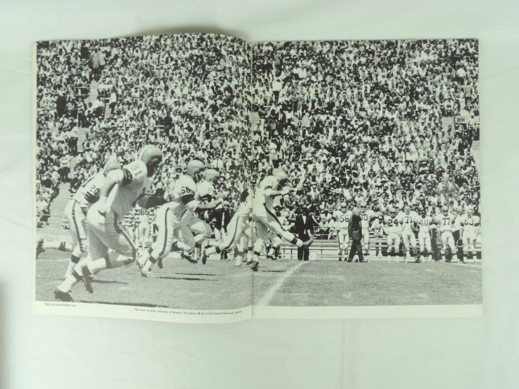 1963 Cleveland Browns Oversized Photo Bookwith - 4