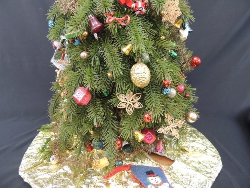 Miniature Christmas Tree Featuring Many Vintage Mercury - 7