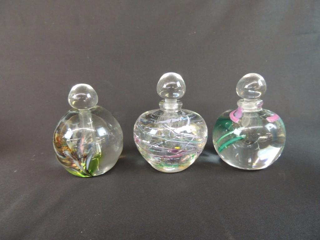 Group of 3 Robert L. Hamm Signed Art Glass Paperweight
