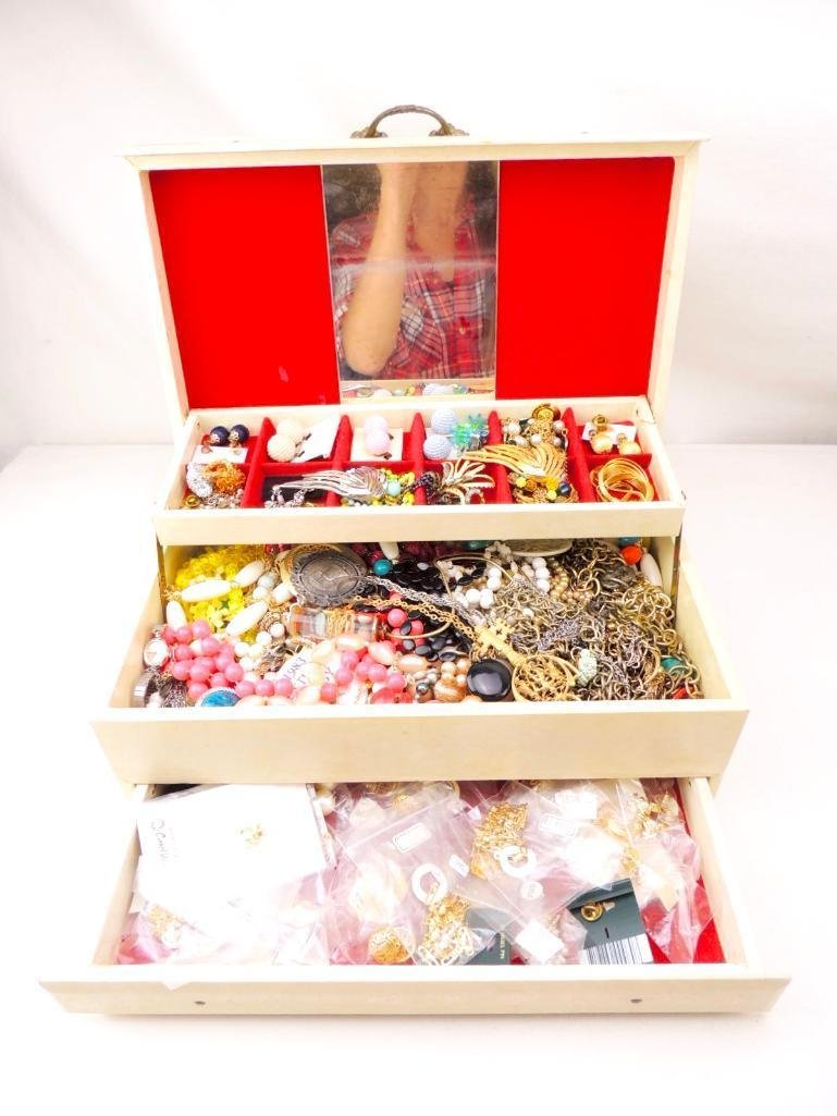 Large Lot of Vintage/Modern Costume Jewelry - 2