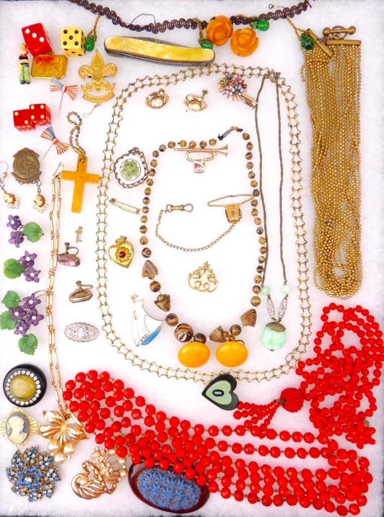 Vintage & Antique Costume Jewelry Lot