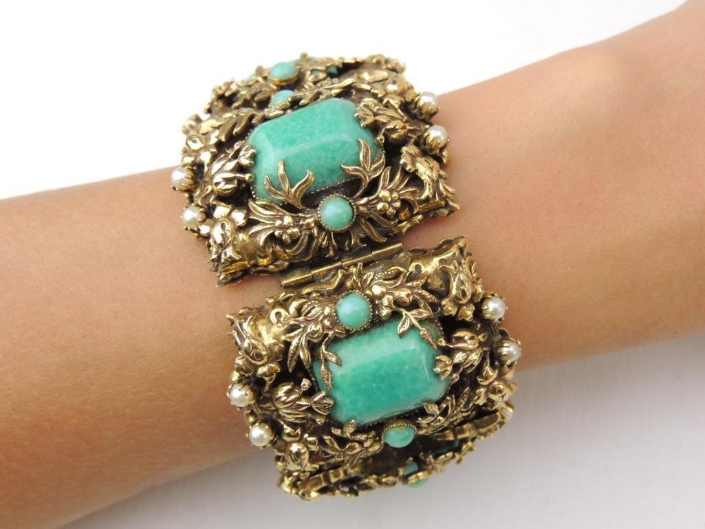 Large Vintage Unsigned Costume Bracelet - 3