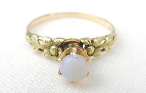 14k Yellow Gold Antique Opal Ring