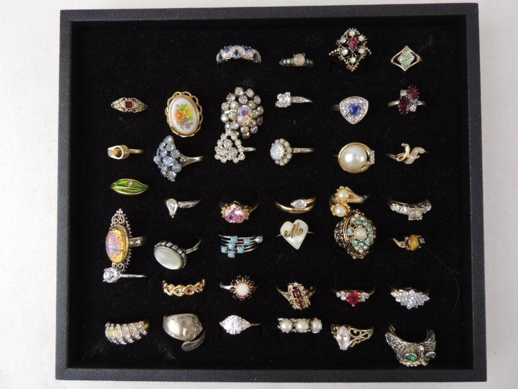 Large Lot of Vintage Costume Rings
