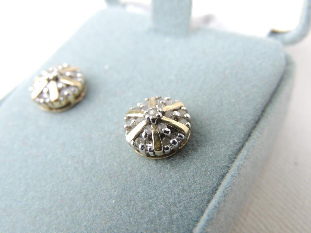 10k White Gold Diamond Earrings - 2